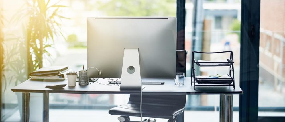 Como posso gerenciar o excesso de faltas, otimizar custos e obter melhores resultados para minha empresa?